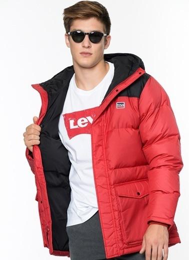 Levi's® Doğal Tüy Dolgulu Mont Kırmızı